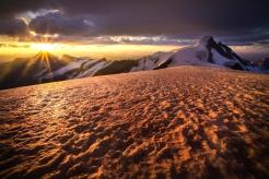 Resplendent Sunrise. Photo by Paul Zizka