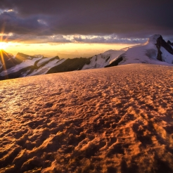 Resplendent Sunrise. Photo by Paul Zizka